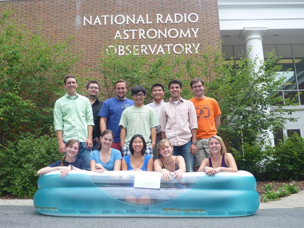 2010 Charlottesville REU Summer Students