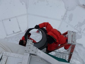 Handing a forebaffle up the telescope