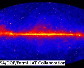 Gamma-rays from the Galactic Center, a dark matter