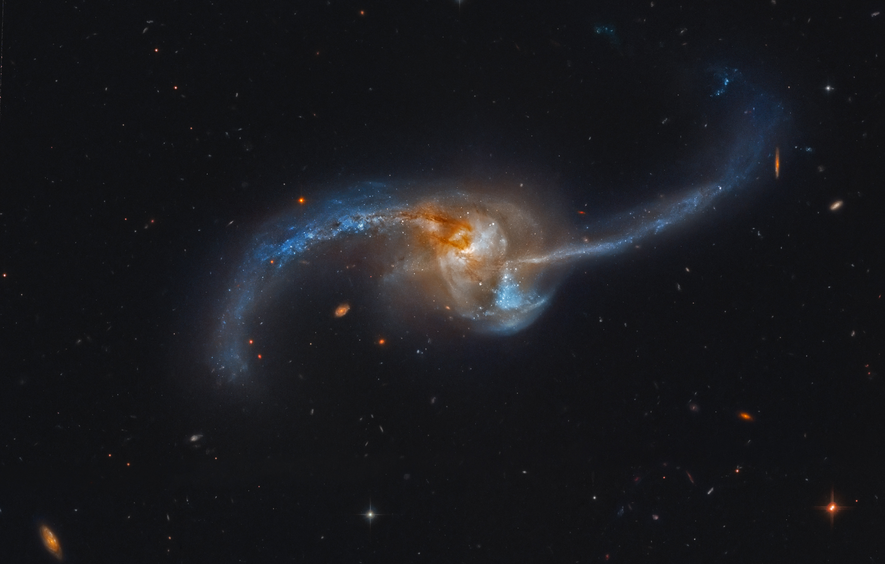 Black Holes Grow First in Mergers   astrobites