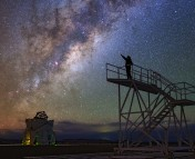 A look back to the ESO Ultra HD Expedition'stime at Paranal – the stars within their grasp.