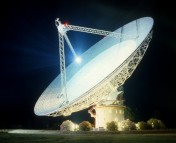 Parkes Radio Telescope. Photo by CSIRO, CC BY 3.0.