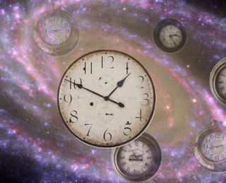 Measuring the curvature of the Universe with cosmic clocks