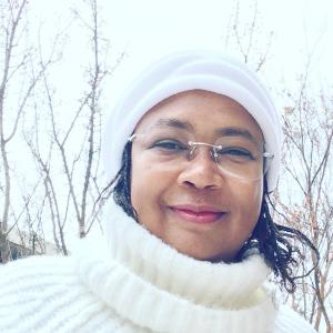 Headshot of Dr. Jarita Holbrook.