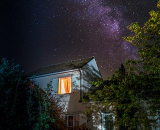 Moving conferences online: tips from the organisers of Cosmology from Home